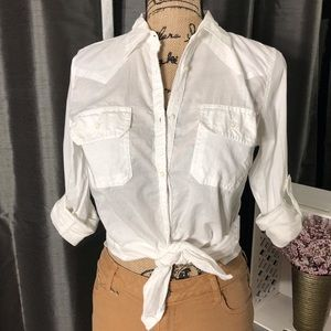 Tops - White Cotton Fitted Button Down Shirt Size Small